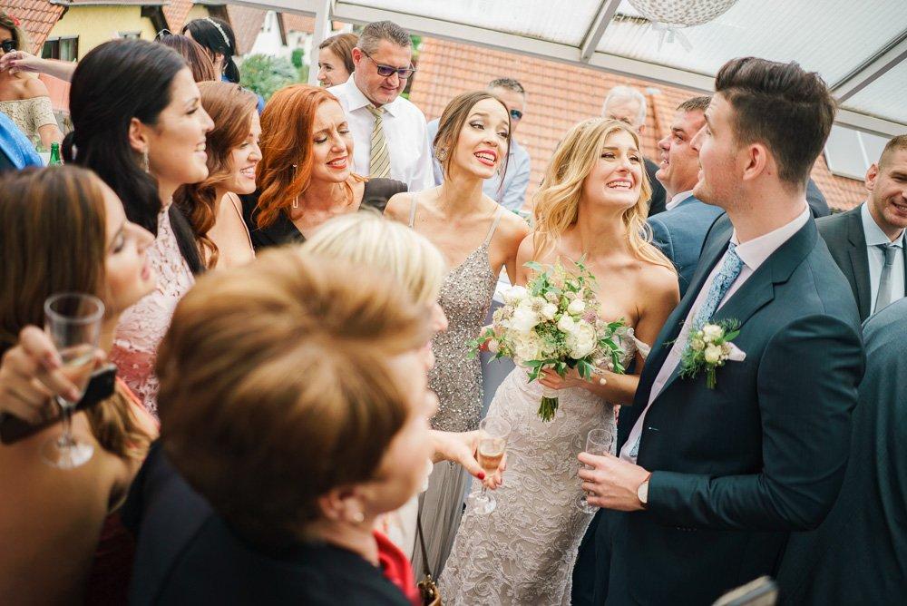 Hochzeitsfotograf Frankfurt, kroatische Hochzeit in Wiesbaden, Brautabholung